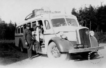 K. Ruohonen aloitti liikennöinnin Paimion parantolan ja Turun välillä parantolan valmistumisen aikoihin.